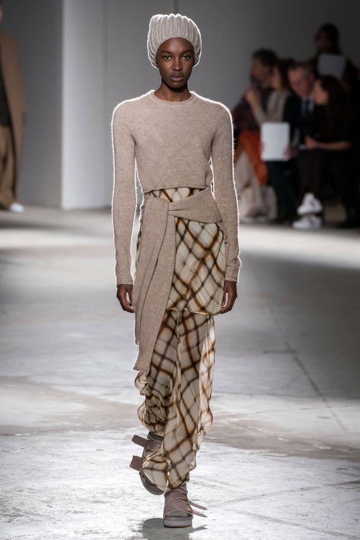Модная бежевая юбка в клетку Agnona