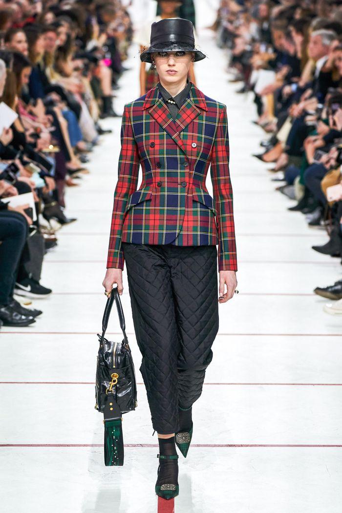 Модный красный пиджак в клетку Christian Dior