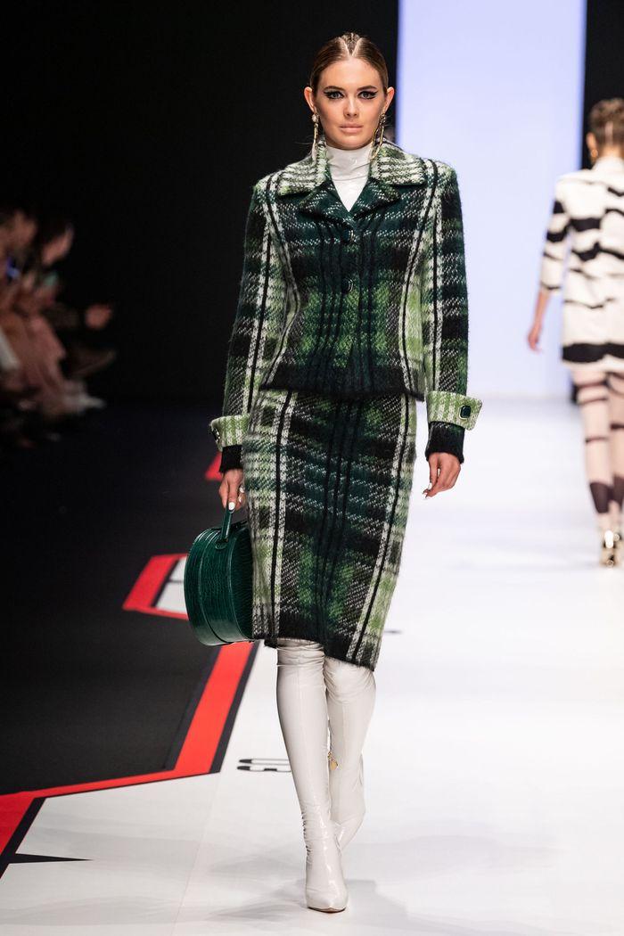 Модный зеленый пиджак в клетку Elisabetta Franchi