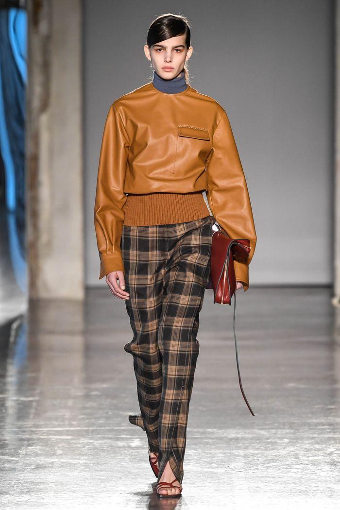 С чем носить коричневые брюки в клетку. Коллекция Gabriele Colangelo