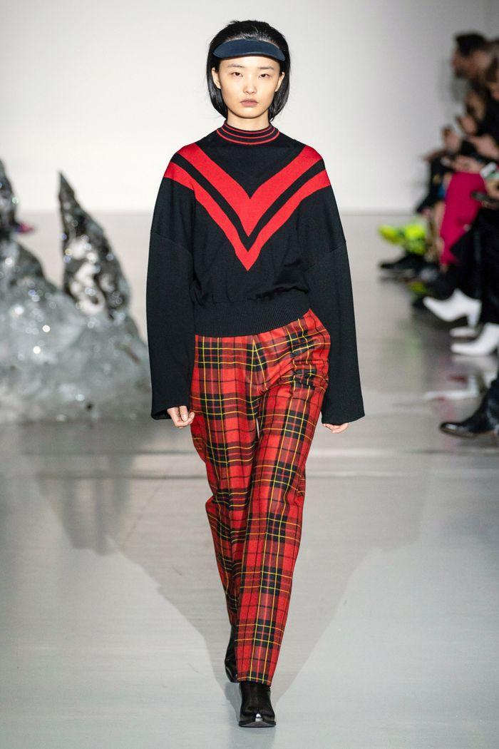 С чем носить красные брюки в клетку. Коллекция Pringle of Scotland