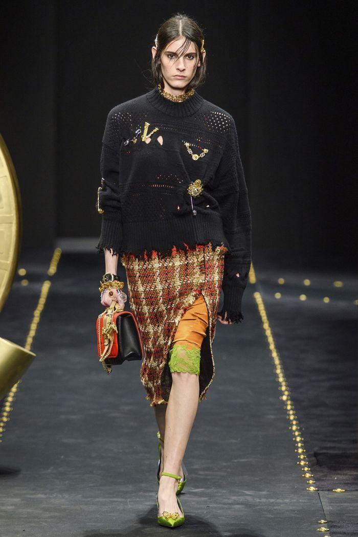Модная коричневая юбка в клетку. Коллекция Versace