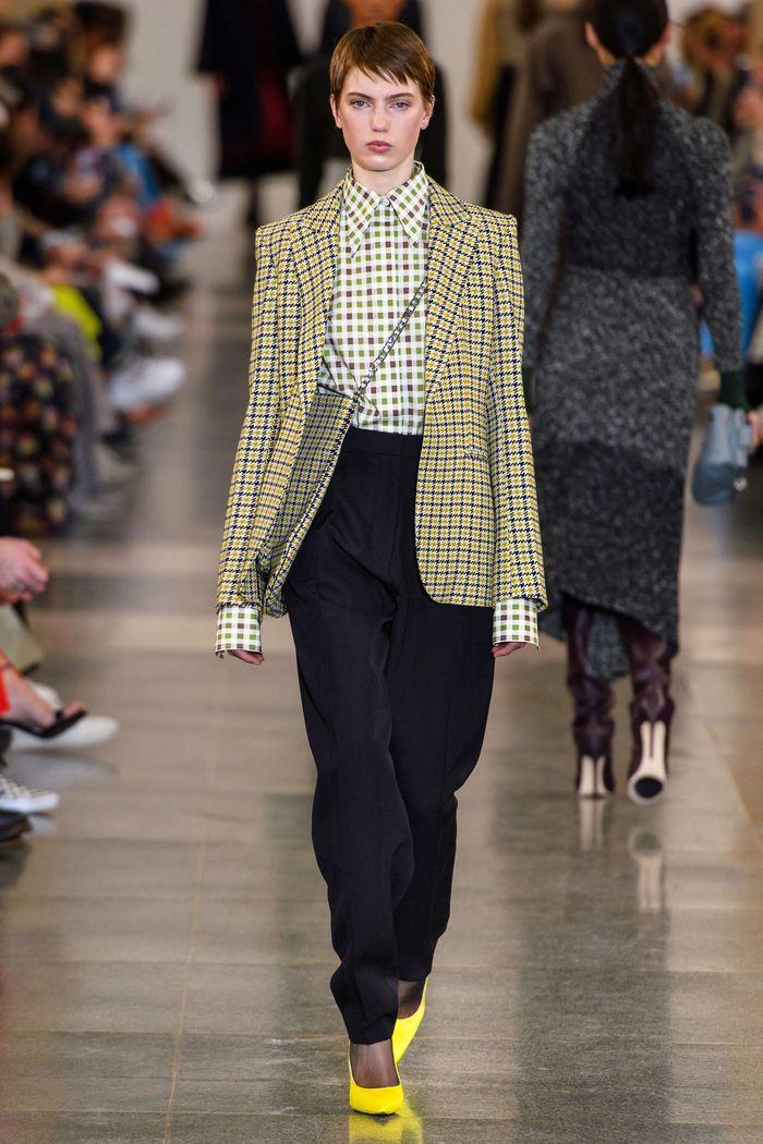 Модный желтый пиджак в клетку Victoria Beckham