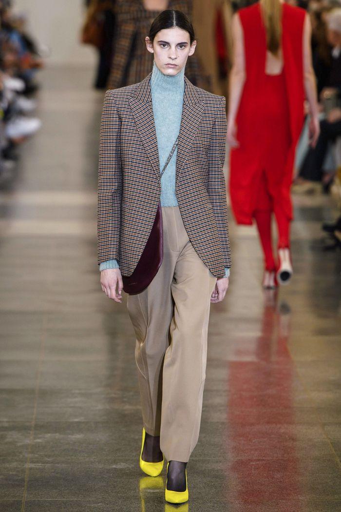 Модный бежевый пиджак в клетку Victoria Beckham