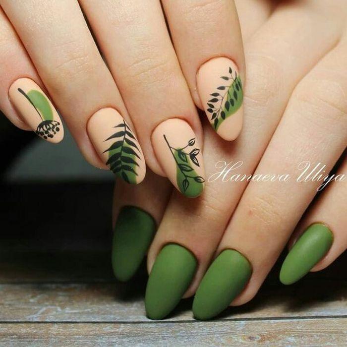 Дизайн ногтей с веточками