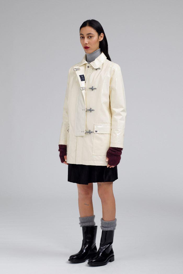 С чем носить женские высокие ботинки. Образ из новой коллекции Fay