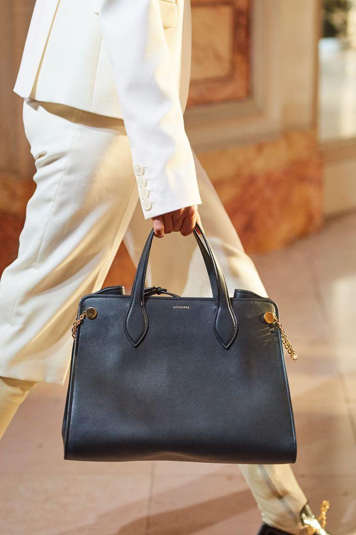 Модная сумка тоут 2020 из коллекции Altuzarra