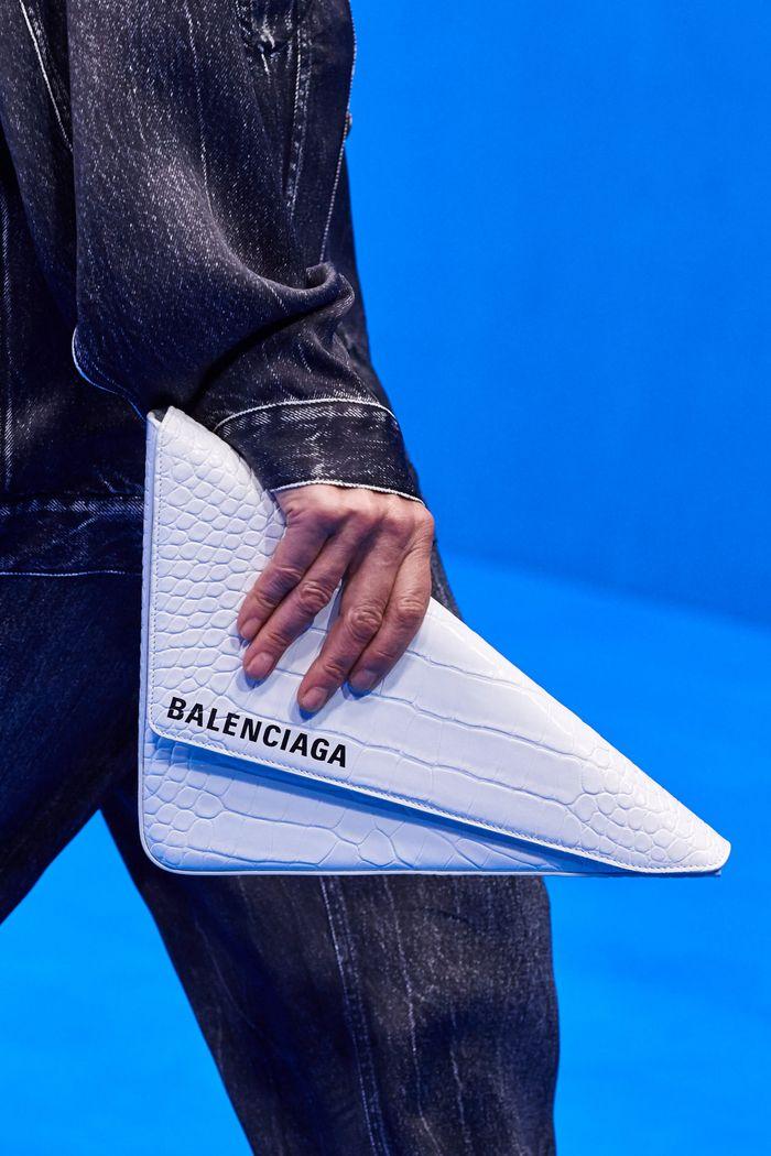 Модный клатч 2020 из коллекции Balenciaga