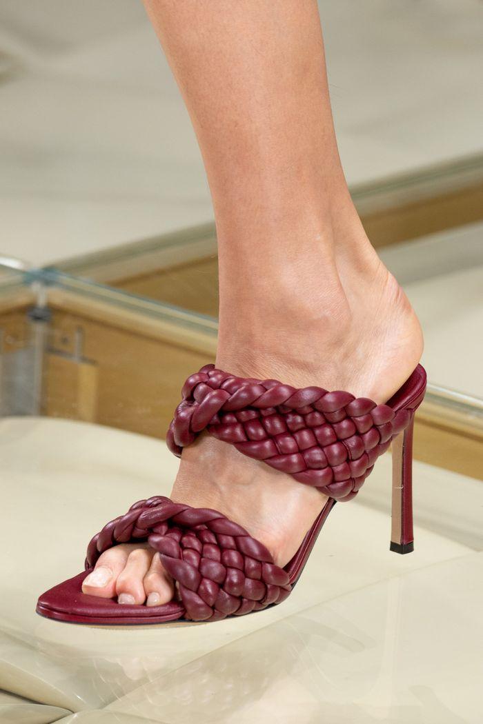 Модные цвета обуви 2020. Коллекция Bottega Veneta