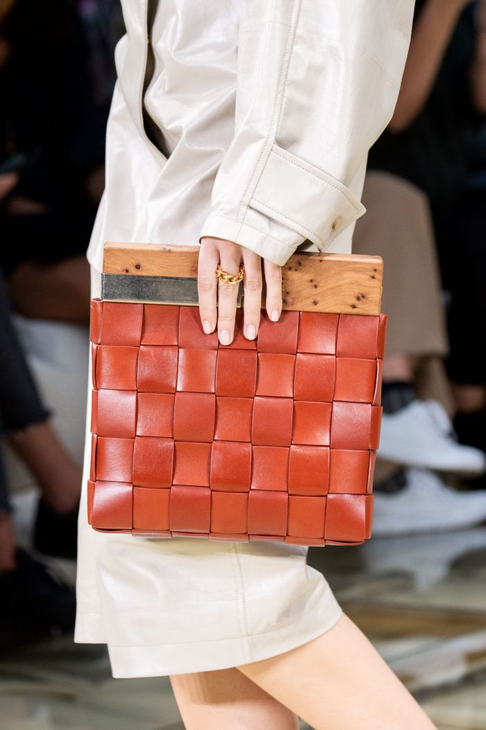 Модная оранжевая сумка 2020 из коллекции Bottega Veneta