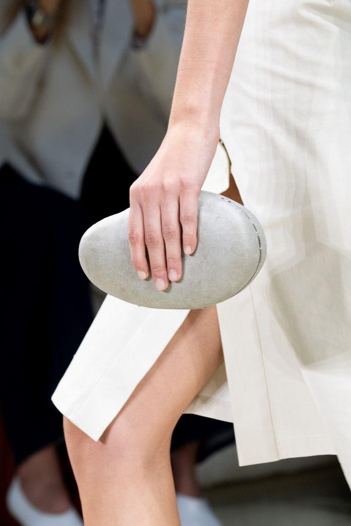 Модный клатч 2020 из коллекции Bottega Veneta