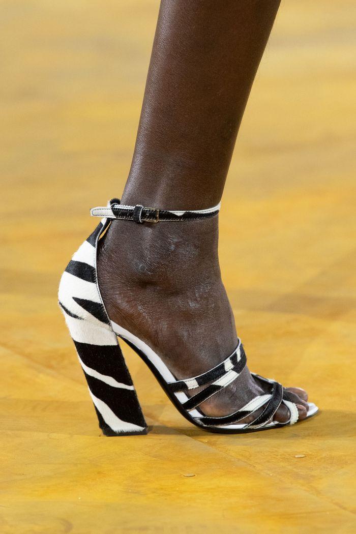 Модная обувь коллекция 2020 Burberry