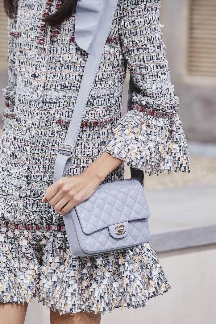 Классическая стеганая сумка Chanel
