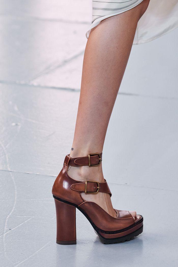 Модные цвета обуви 2020. Коллекция Chloé
