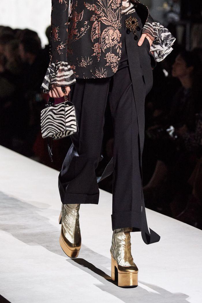 Модная сумка с принтом зебры из коллекции Dries Van Noten