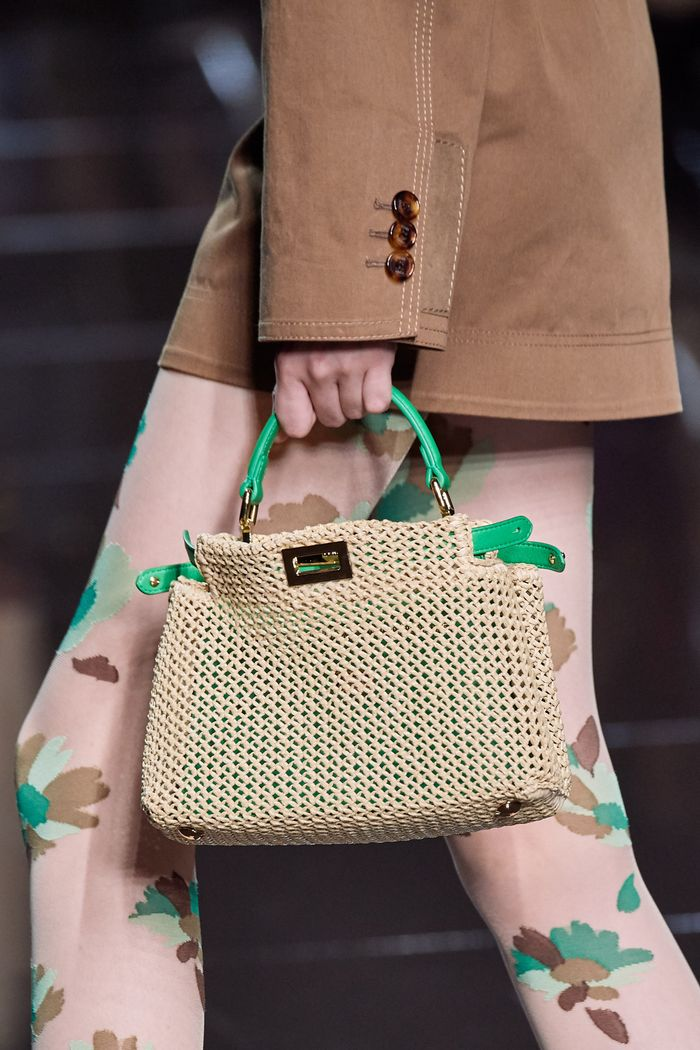 Модная плетеная сумка 2020 из коллекции Fendi