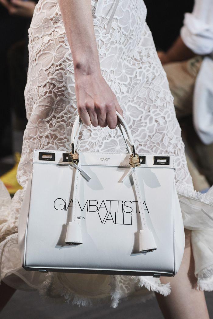 Модная белая сумка 2020 из коллекции Giambattista Valli