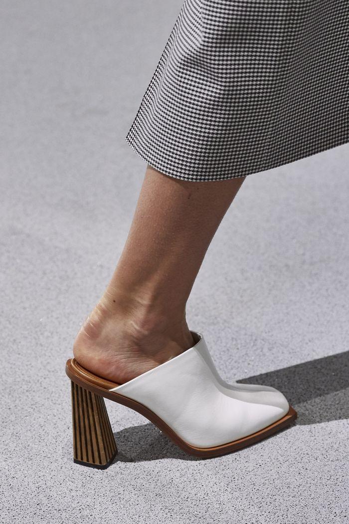 Модные цвета обуви 2020. Коллекция Givenchy