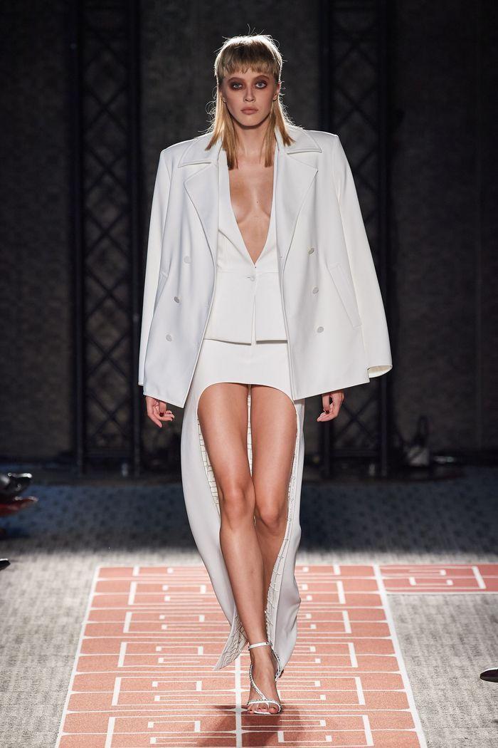 Тренды в одежде 2020 весна-лето. Коллекция Guy Laroche