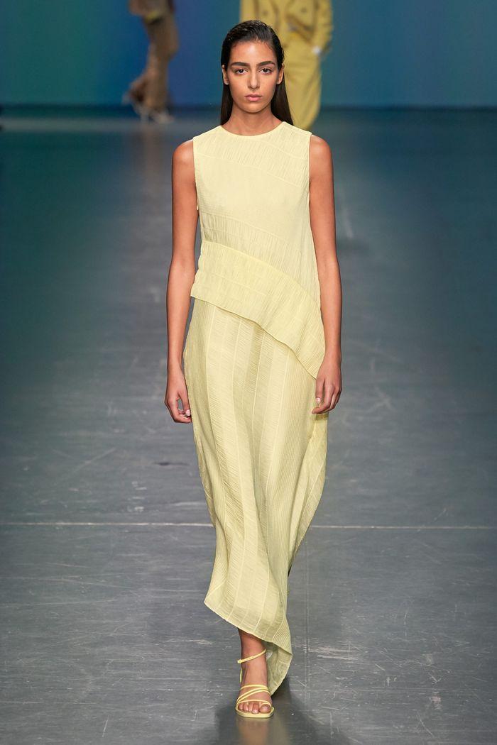 Трендовые цвета женской одежды 2020. Коллекция Hugo Boss
