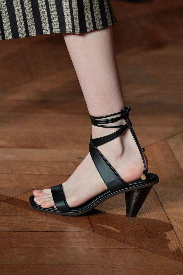 Модные цвета обуви 2020. Коллекция Stella McCartney