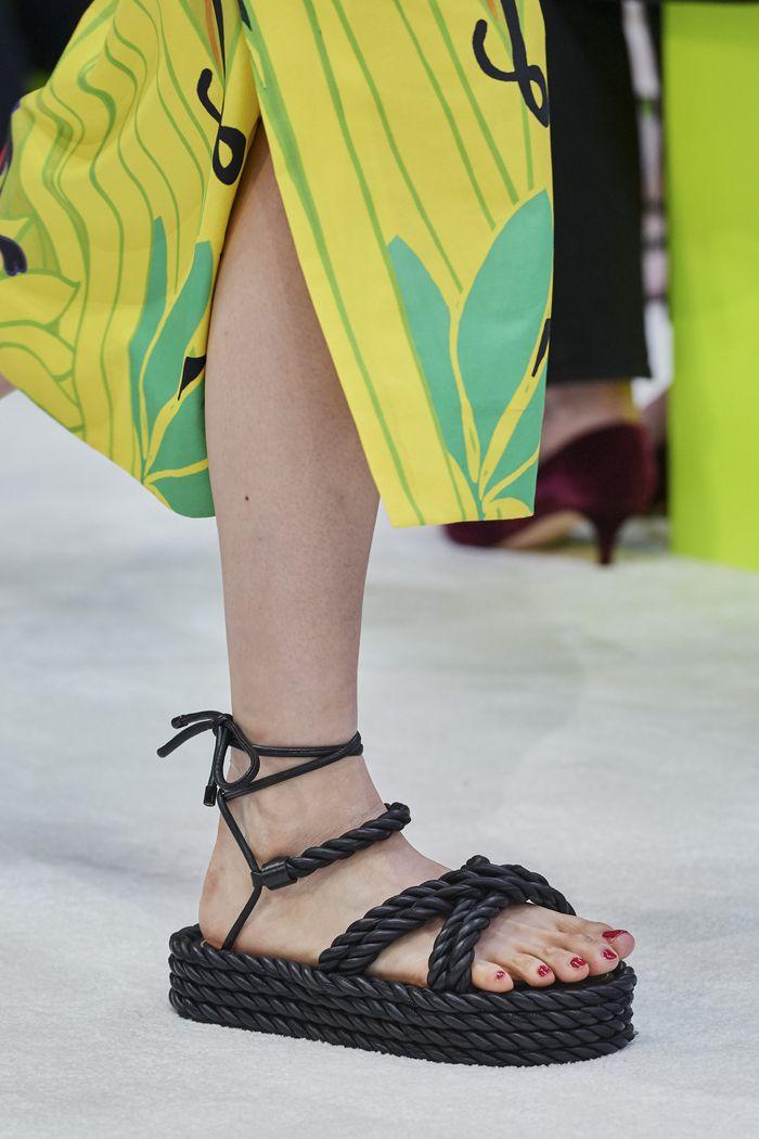 Модная обувь коллекция 2020 Valentino