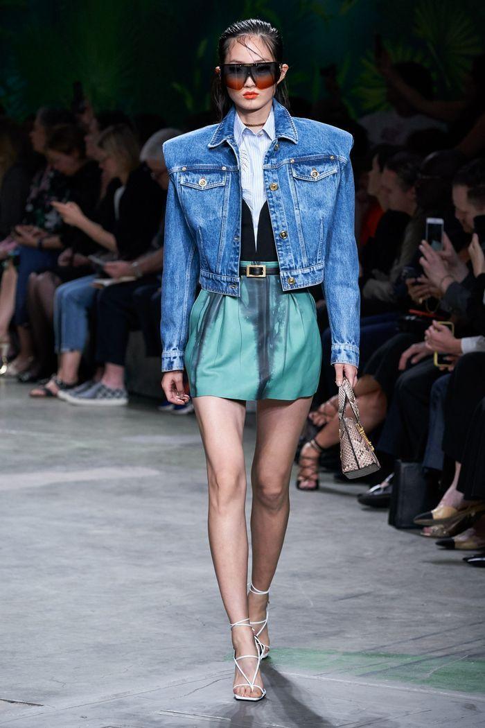 Тренды в одежде 2020 весна-лето. Коллекция Versace