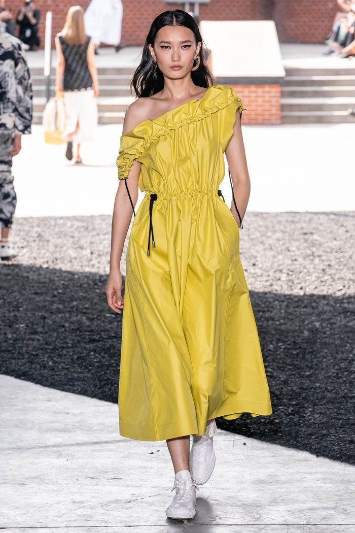 Модное спортивное платье 2020 из коллекции Phillip Lim