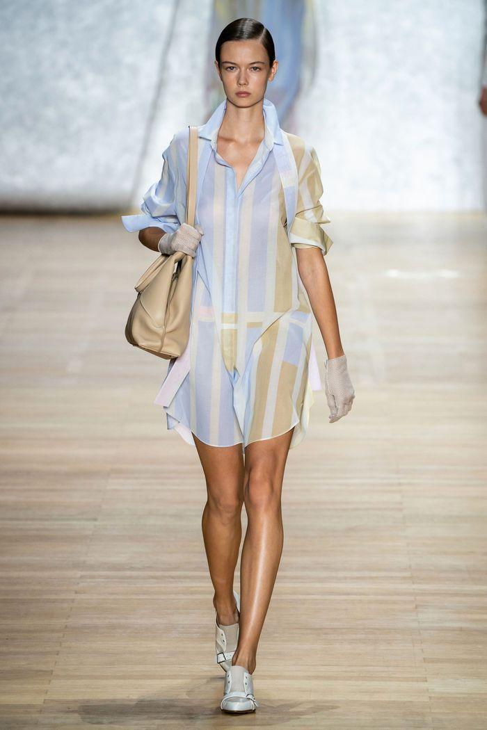 Модное платье-рубашка 2020 из коллекции Akris