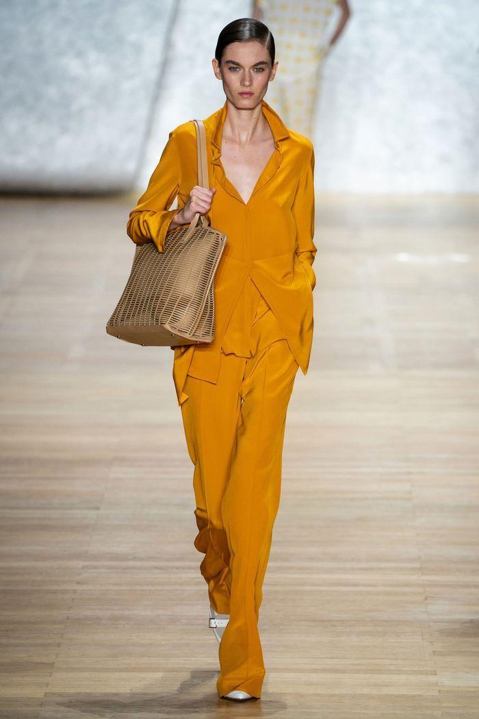 Модные цвета женских брюк 2020 года. Коллекция Akris