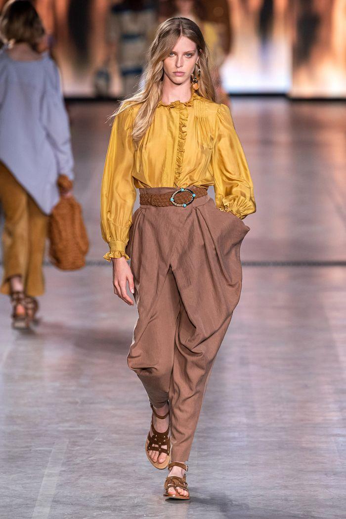 Модные цвета женских брюк 2020 года. Коллекция Alberta Ferretti