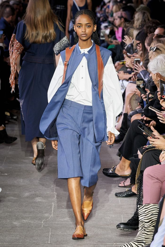 Модные короткие брюки-шорты из коллекции Cédric Charlier