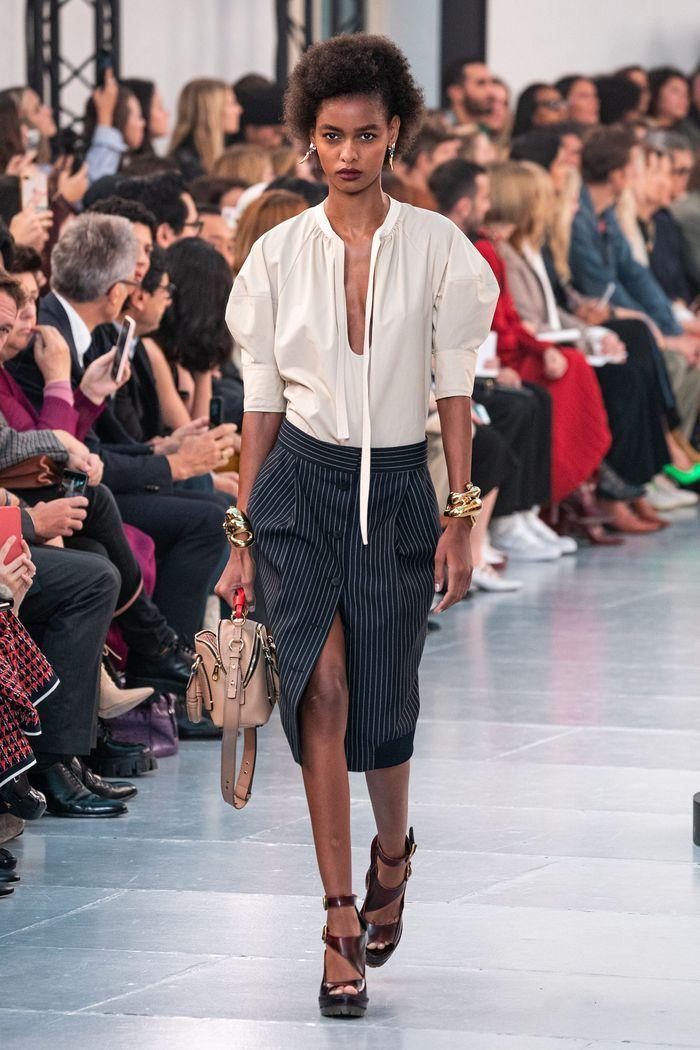 Модная юбка с пуговицами 2020 из коллекции Chloé