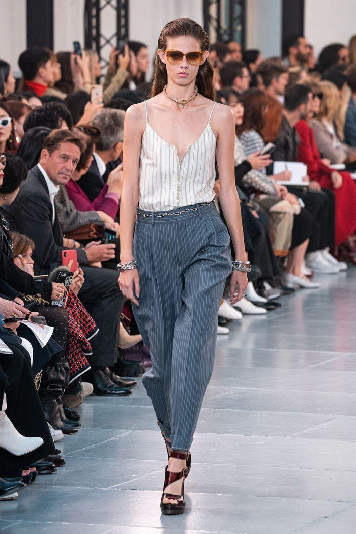 Модные цвета женских брюк 2020 года. Коллекция Chloé