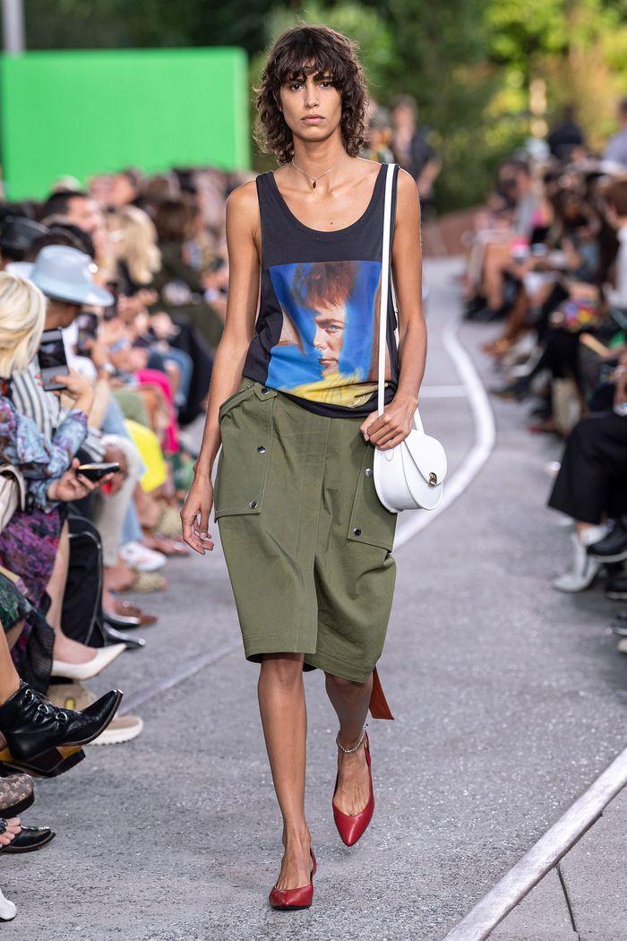 Модная юбка 2020 с накладными карманами из коллекции Coach