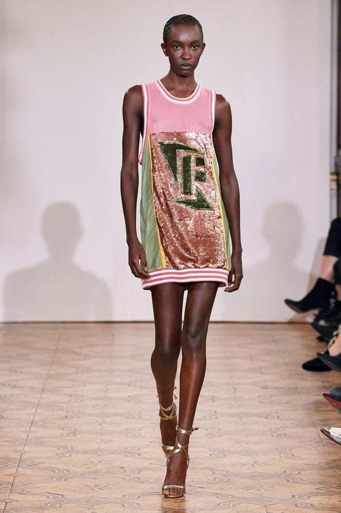 Модное спортивное платье 2020 из коллекции Faith Connexion