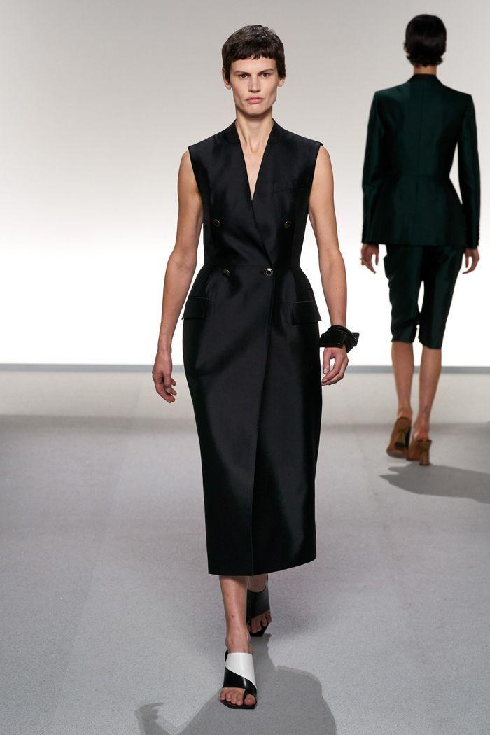 Модное платье-жакет 2020 из коллекции Givenchy
