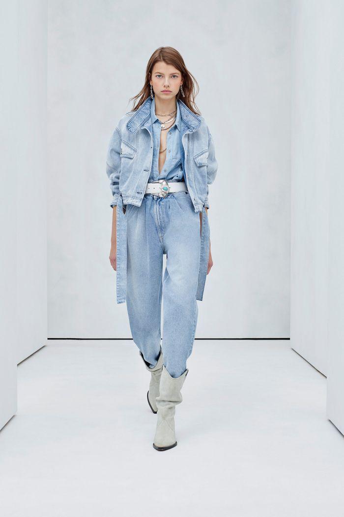 С чем носить джинсы-бананы. Образ из новой коллекции IRO