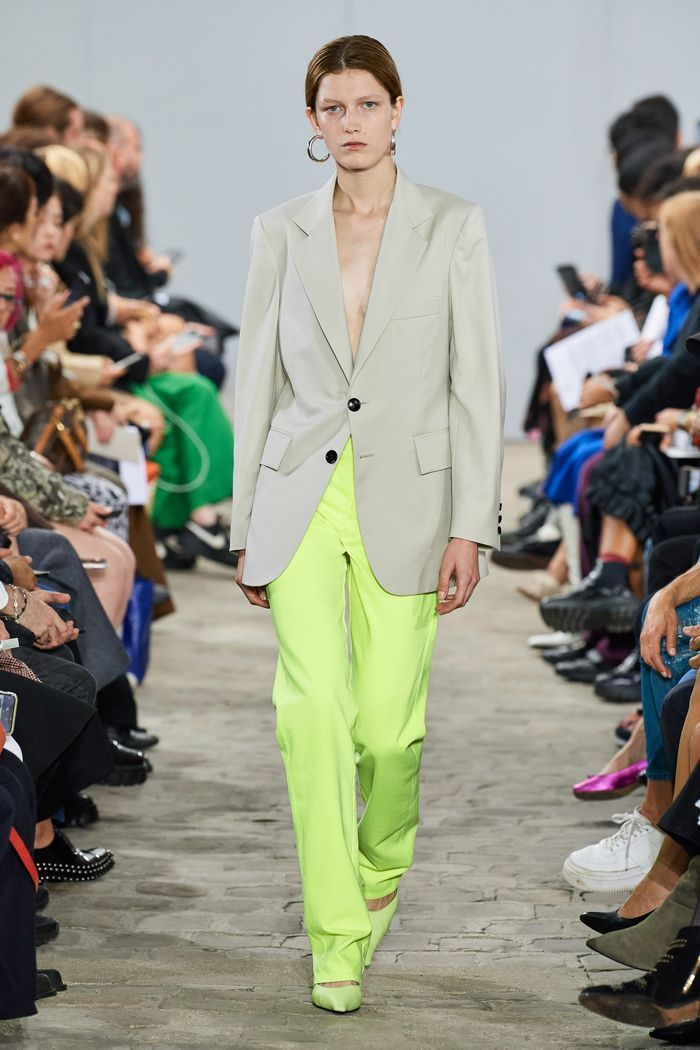 Модные цвета женских брюк 2020 года. Коллекция Kwaidan Editions
