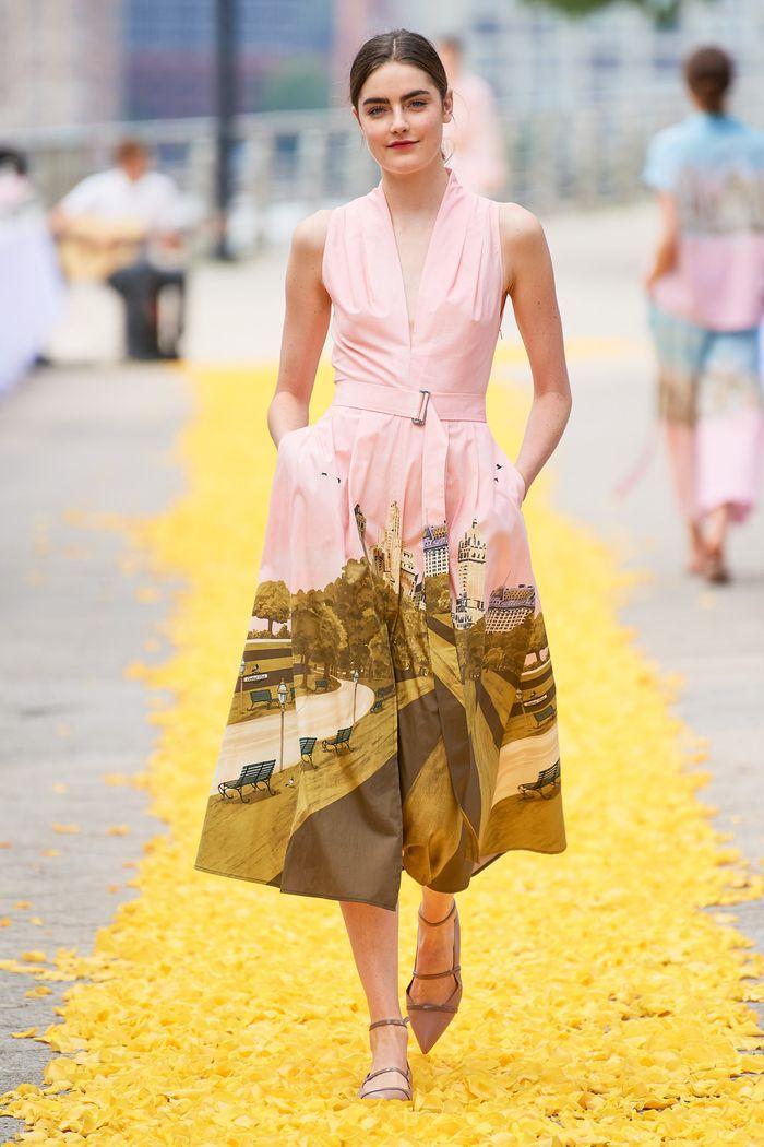 Модные принты платьев 2020. Коллекция Lela Rose