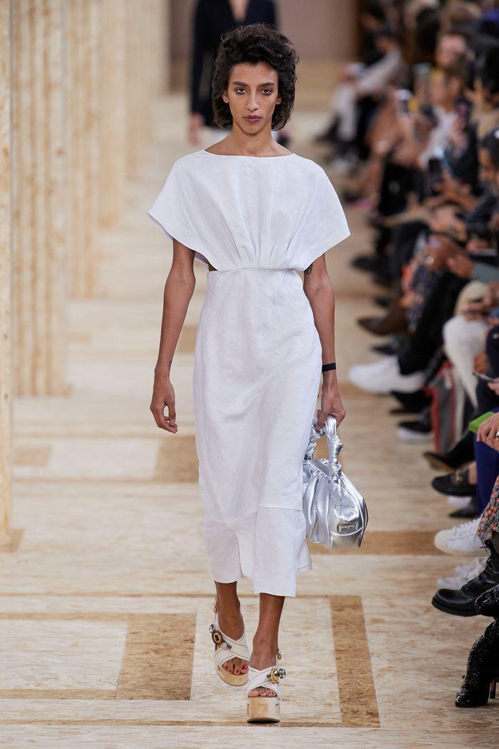 Модные цвета платьев 2020. Коллекция Miu Miu
