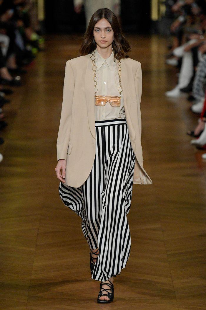 Модные брюки 2020 в полоску из коллекции Stella McCartney