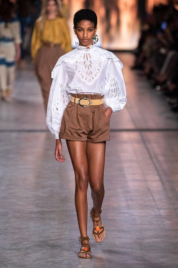 Модные шорты с завышенной талией из коллекции 2020 Alberta Ferretti