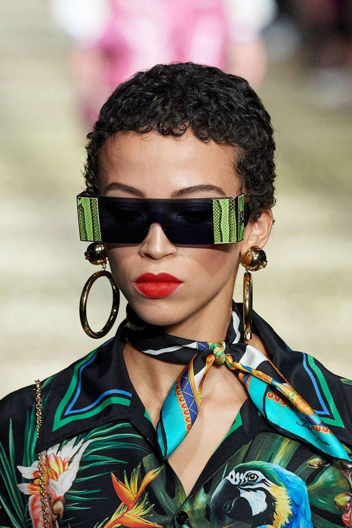 Модные солнцезащитные женские прямоугольные очки rectangular из коллекции 2020 Dolce & Gabbana