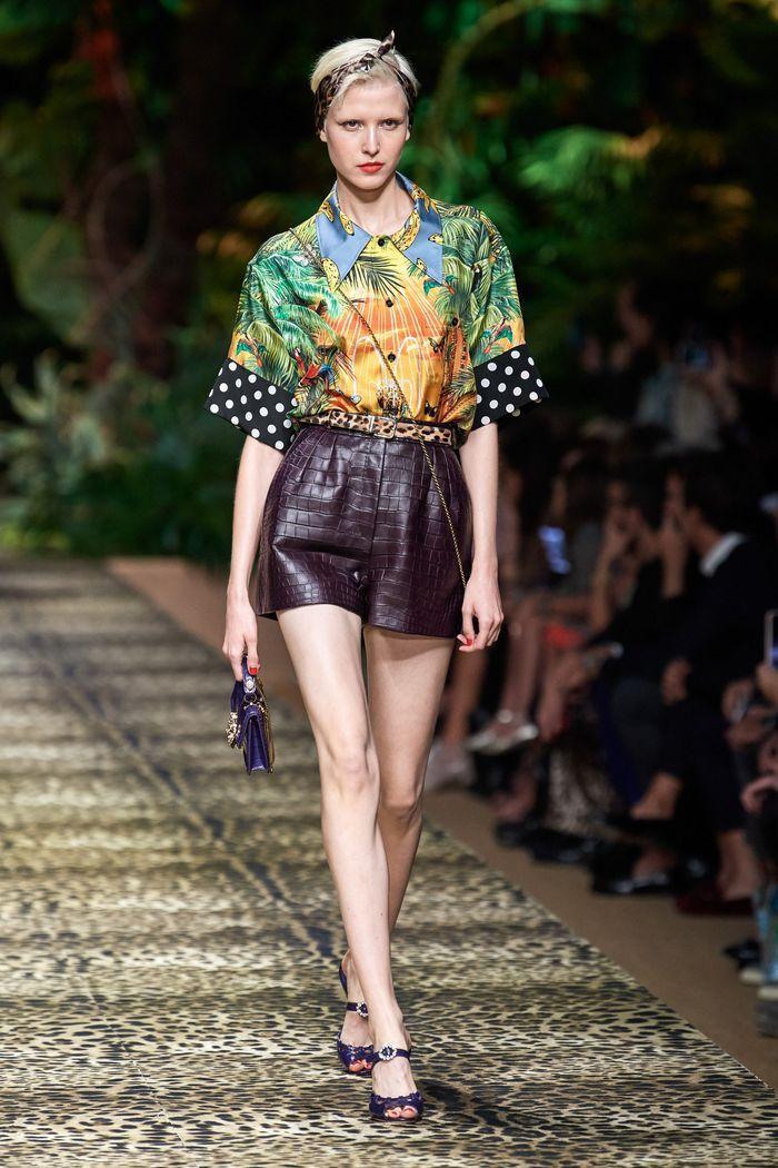 Модные кожаные шорты из коллекции весна-лето 2020 Dolce & Gabbana