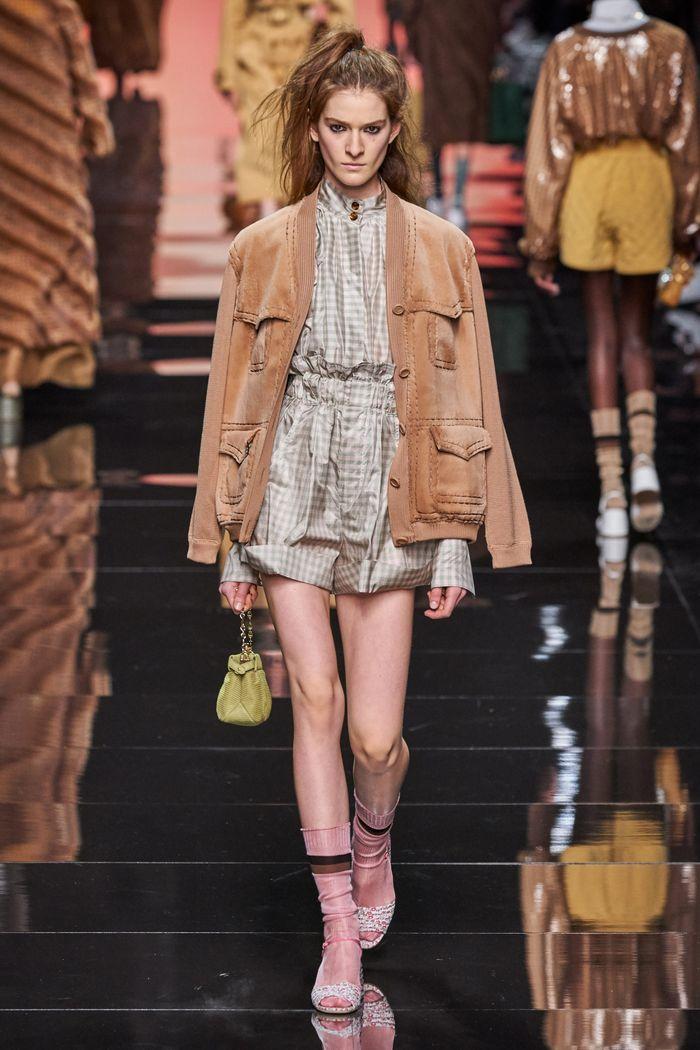 Модная куртка 2020 из коллекции Fendi