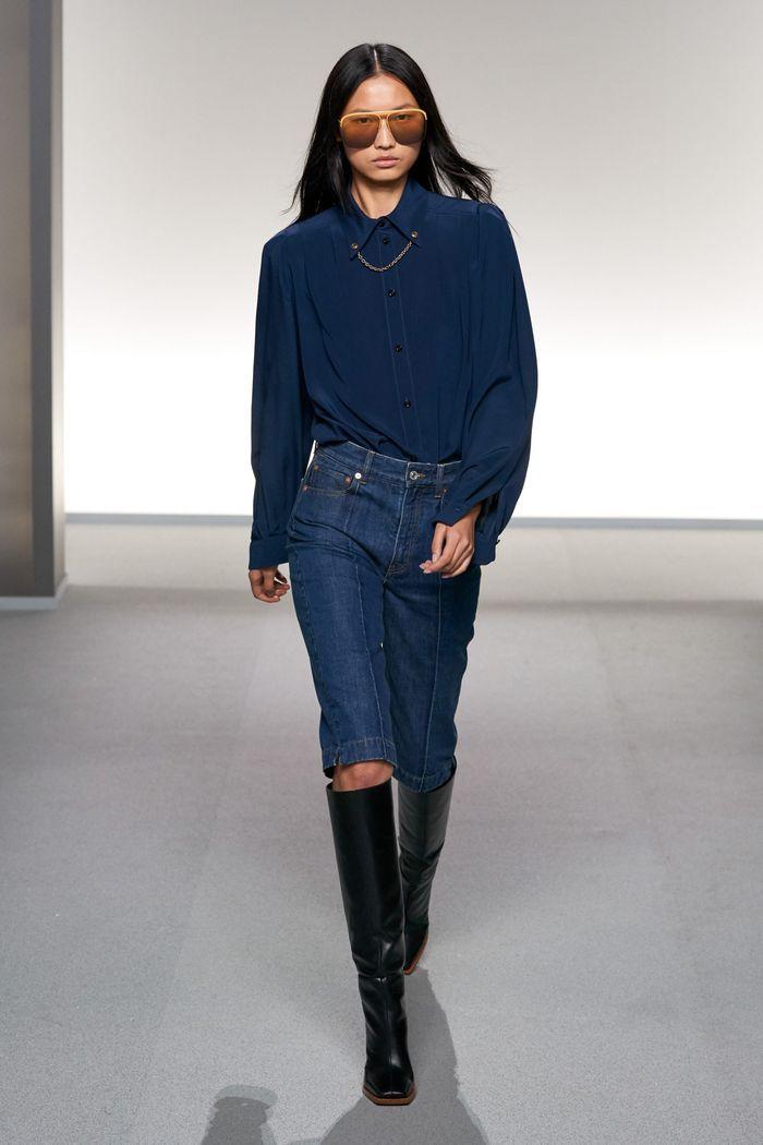Модные джинсовые шорты из коллекции весна-лето 2020 Givenchy