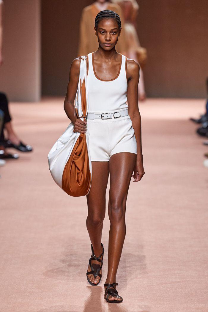 Модные трикотажные шорты из коллекции весна-лето 2020 Hermès