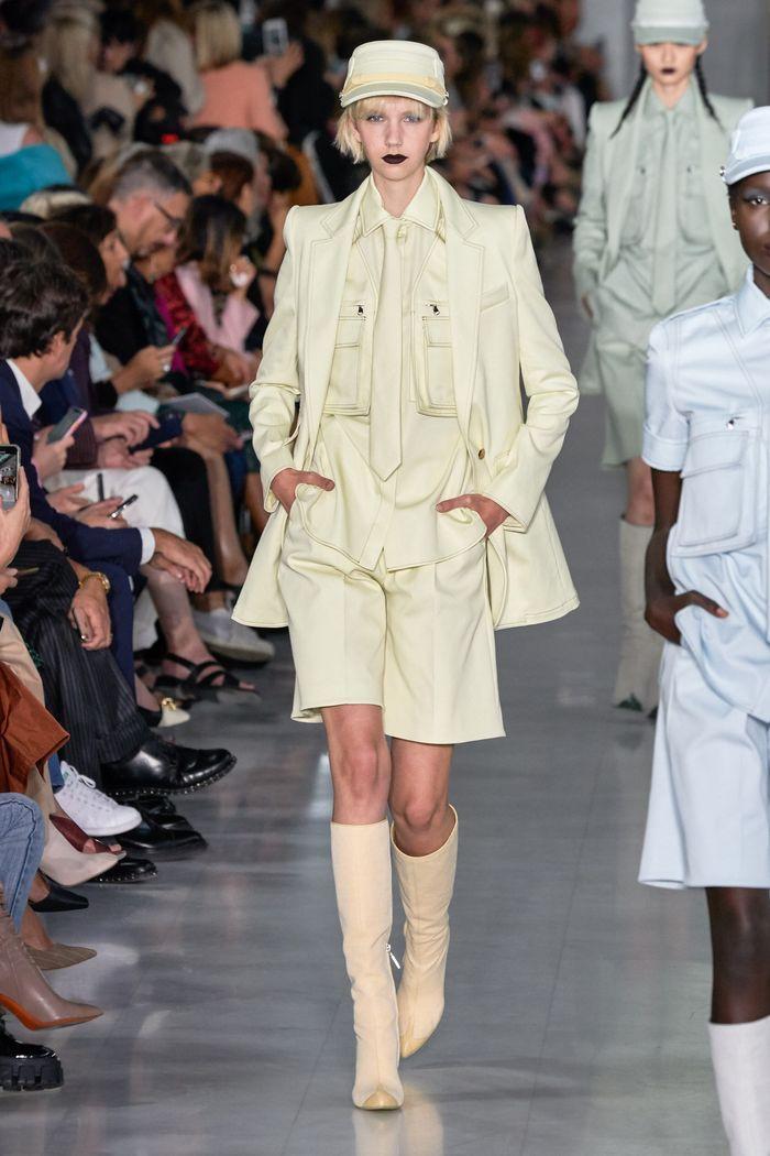 Модные костюмы с шортами из коллекции весна-лето 2020 Max Mara