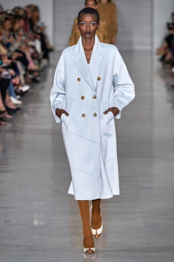 Модное пальто из коллекции весна 2020 Max Mara